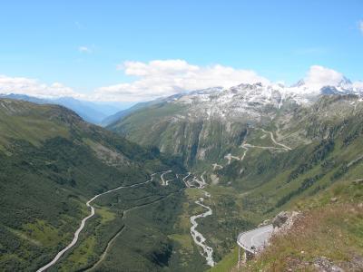 絶景を見に行こう!レンタカーでめぐるスイス・フランス・イタリア ①峠越え