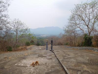 スリランカ縦断自転車旅その9-ダンブッラの石窟寺院