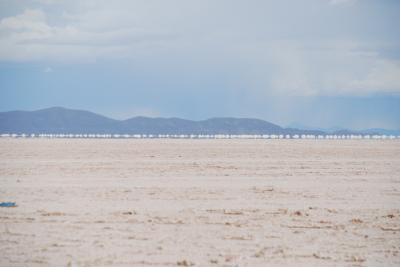 「天空の鏡」ウユニ塩湖とニューヨークを一度に楽しむ 第4日:ラパス→ウユニ塩湖