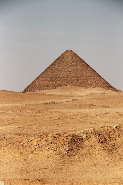 2017 エジプト(7)  赤・屈折・階段ピラミッド