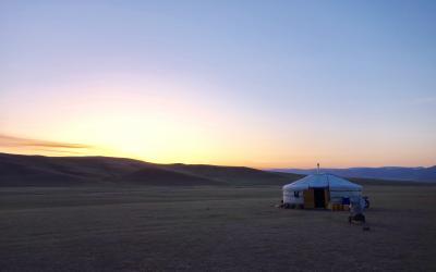 モンゴル 乗馬トレッキング ゲルとテント泊 5日間のたび