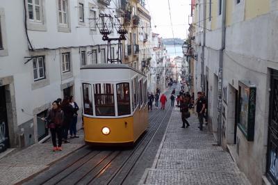 石畳の街並みと急坂を往来する路面電車が楽しいリスボン(世界一周西回り11日間のBRU-LIS)