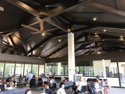 エルニド空港