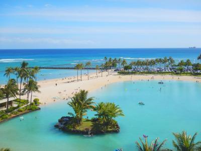 カタマランが楽しかった。快晴の空とエメラルドグリーンの海。毎日海!