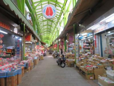 台湾 「行った所・見た所」 高雄の三鳳中街を歩いて橋頭へ