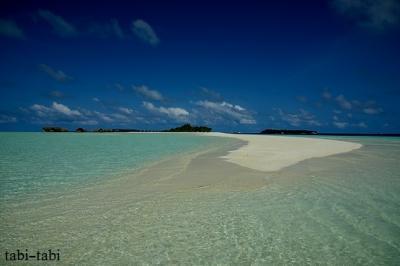 モルディブ ココアアイランドの砂浜を散歩・・・