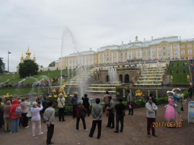 サンクトペテルブルクと北欧・バルト海四か国周遊クルーズ旅行(夏の宮殿・エテカリーナ宮殿)