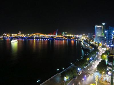 片道LCCで香港経由ベトナムへ【2~3日】夜のダナンに到着、路線バスに乗って南へ