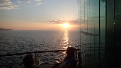 マルセイユの夕日が見えるレストラン