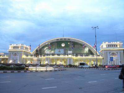 毎年恒例のシンガポール&初めてのタイ・バンコク旅行2、バンコク編(その1クルンテープ駅編)
