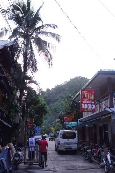 駐在のついでに 【その42】 フィリピン遠征⑧ エルニド2日目、朝食前の街歩き!