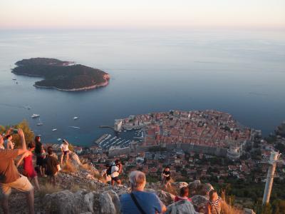 思い切って個人旅行★夏のクロアチア・スロヴェニア #5 観光客で大賑わい・ドブロブニク