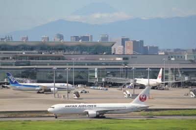 【飛行機限定】台風も去り天気になった羽田空港で飛行機を見て、撮って、過ごす。