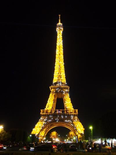 憧れのヨーロッパ!夏のパリへ【初日:出発&街歩き&夜景ツアー編】