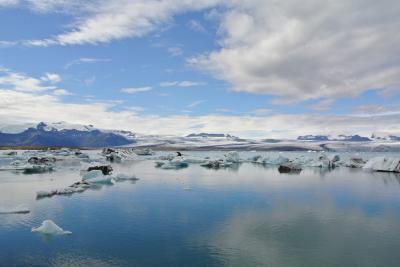 アイスランド3歳&9歳とキャンプ旅(4) ヴァトナヨークトル国立公園で氷河タッチ!