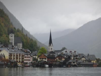 湖の美しい街々