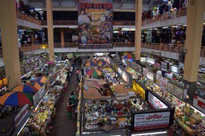 チェンマイの魅力~チェンマイ最大の市場、ワローロット。
