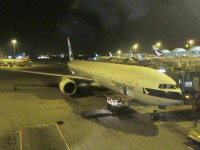キャセイパシフィック航空 B777-300ER ビジネスクラス搭乗記・マニラ‐香港(CX934) + マニラで史跡巡り!/ Review: Cathay Pacific Airways B777-300ER Business Class Manila-Hong Kong + Visit historic sites in Manila