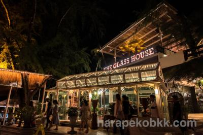 """パタヤで絶対おすすめのビーチフロントレストラン""""THE GLASS HOUSE"""""""