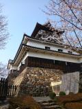 満開の桜を待つ国宝犬山城