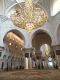 2016夏エリトリア~ドバイトランジットで白亜のアブダビのSheikh Zayed Grand Mosque