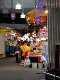鶴橋商店街。
