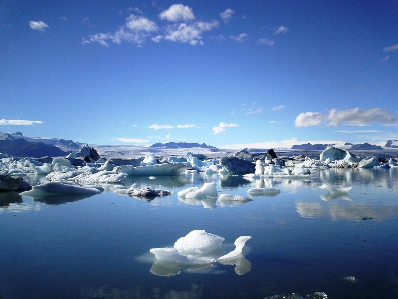 アイスランド共和国 : 「本物!...