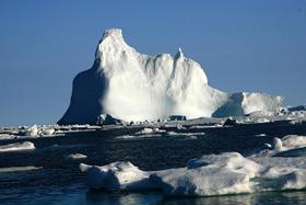 極北の地! グリーンランドとアイスランド...