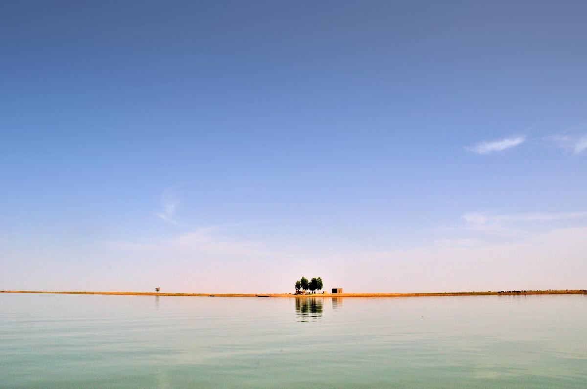 大ニジェール川流域の民族マリ 7 船旅3...