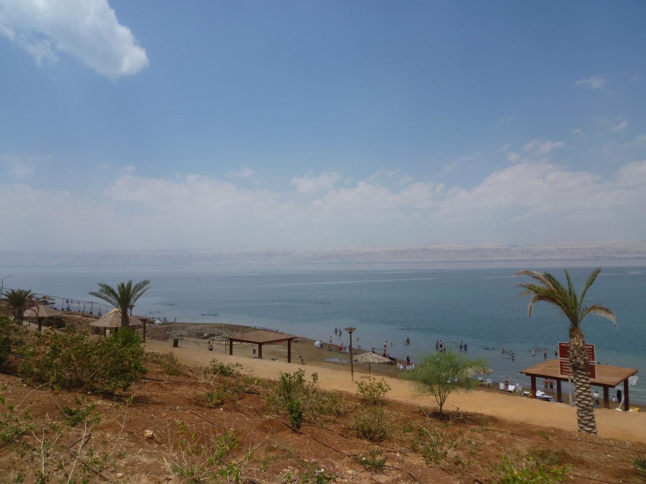 18日間世界一周�ヨルダン・死海でプカプカ...