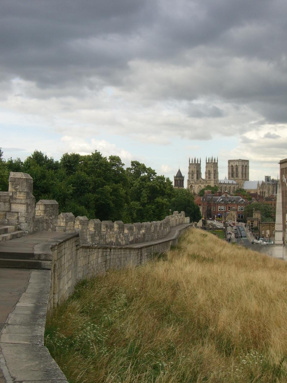 イギリス街歩き〜 ヨーク 城壁を歩く