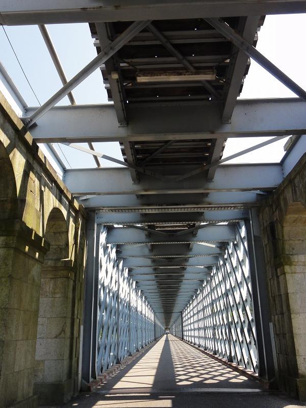 GW北スペインの旅(その4) 橋を歩いて国境...