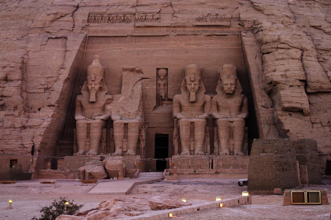 2013年 神秘のエジプト・アスワン、アブ...