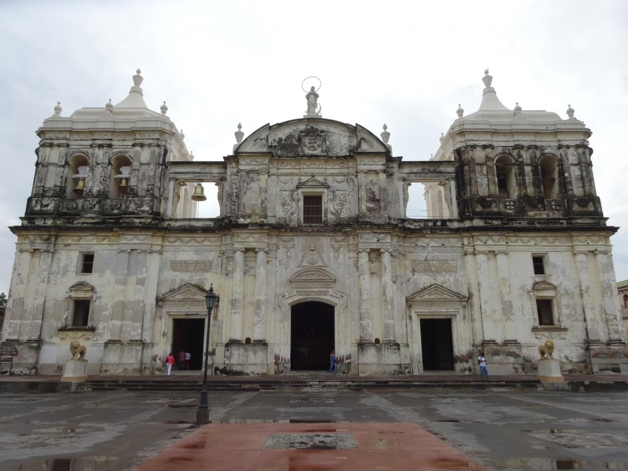 レオン大聖堂  (ニカラグア)
