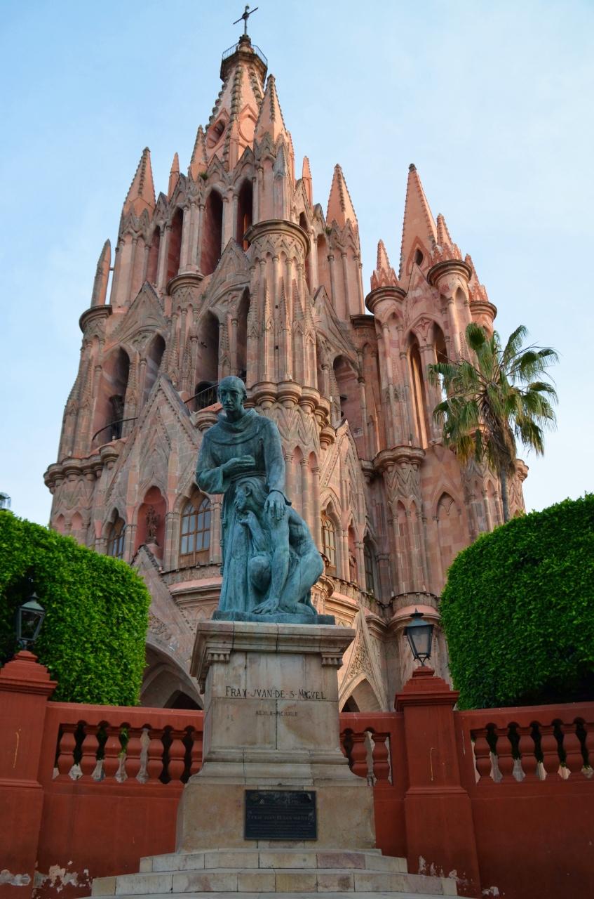 メキシコの世界遺産No.7 : ゴシック様式の...