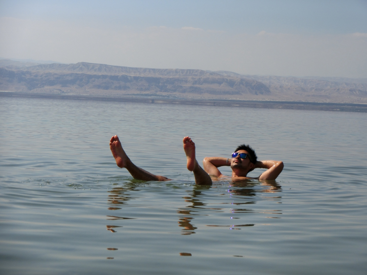 死海でプカプカ浮いてきました!死海リゾ...