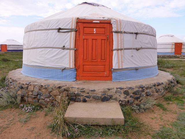 モンゴルの大草原と世界遺産カラコルム