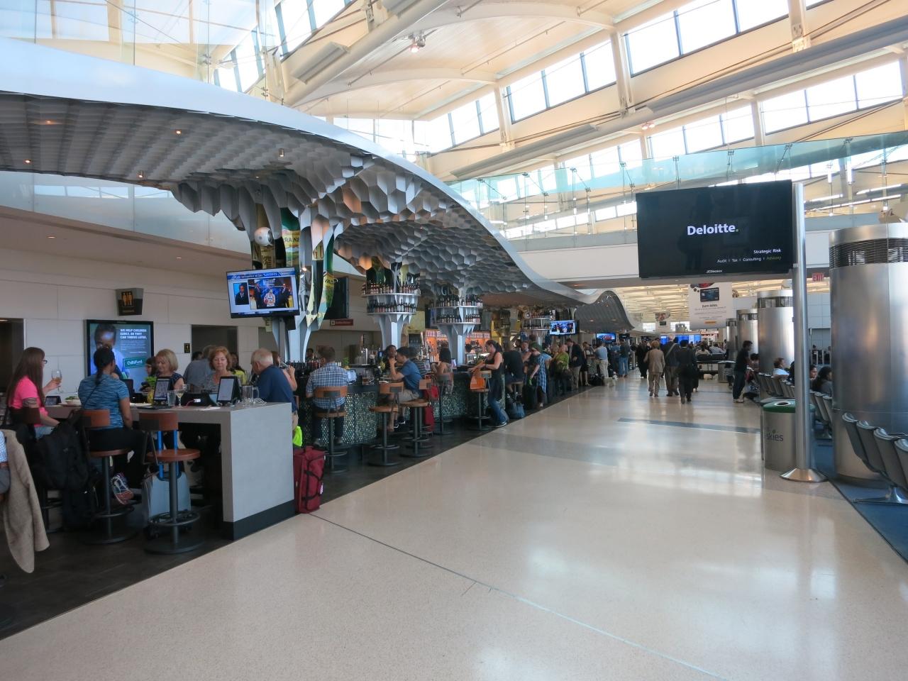 ニューアーク・リバティー国際空港(EWR - Newark Liberty International Airport)