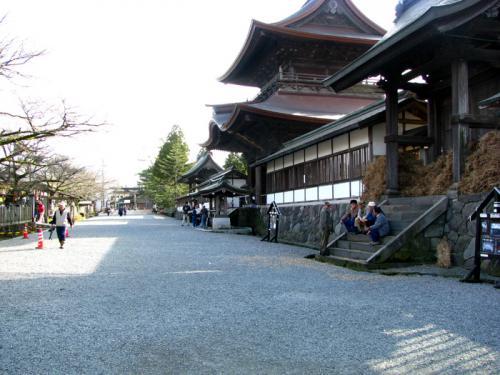 春の訪れを満喫!阿蘇路ドライブと阿蘇神社の『火振り神事』を訪ねて  2−2