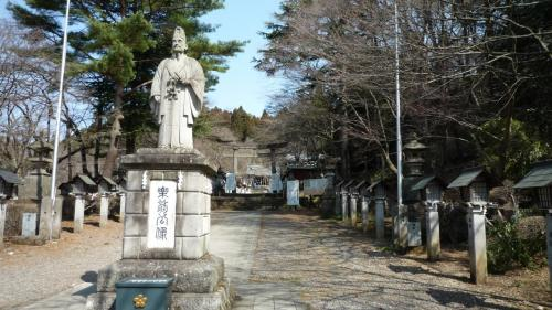09年03月21日(土)、南湖神社参拝。