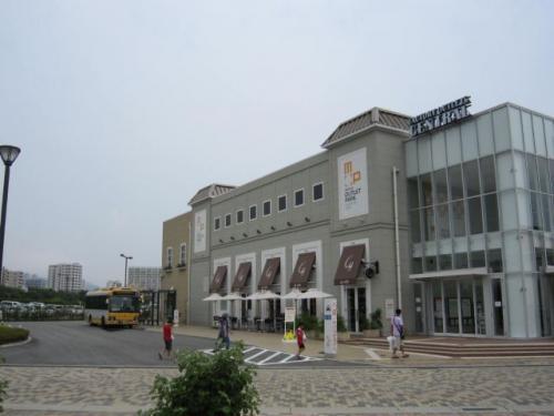 三井アウトレットパークマリンピア神戸へ行きました。