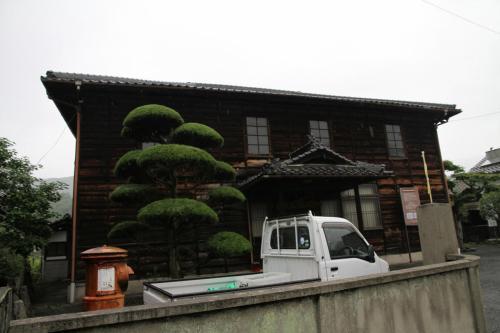 Solitary Journey [912] 梅雨空の下、雨にぬれる色とりどりのあやめ <矢野温泉'四季の里 あやめまつり'>広島県府中市