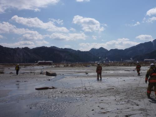 3・11 東日本大震災 東北地方三陸沿岸部  祈り・刻む  自然の脅威と恩恵について
