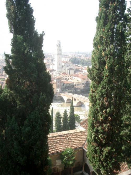 ヴェローナ市街の画像 p1_8