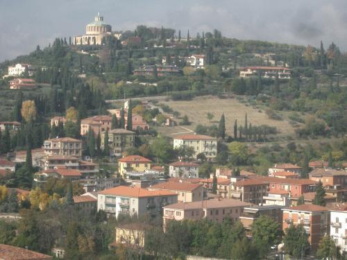 ヴェローナ市街の画像 p1_33