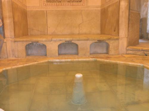 シラーズのお風呂(イラン、2011 ...