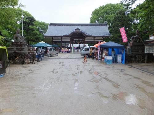 雨の日の今日は藤森神社のアジサイ