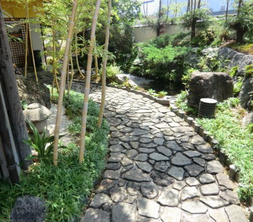 涼を求めて箱根・伊豆の旅♪ Vol.2 伊豆・大仁「喜山」&三島・緑町「元祖 うなよし」でちょっぴりグルメ