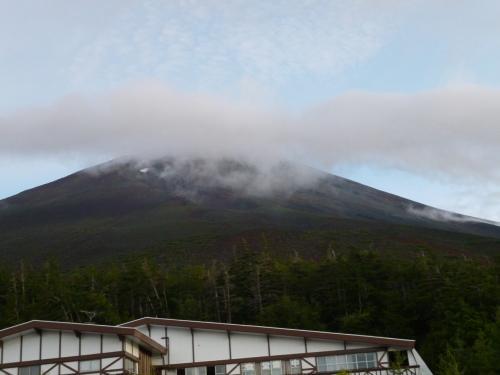 富士山登山「今年も登りました」が雷の恐怖・・・・