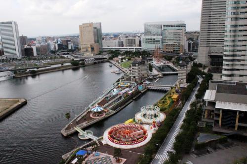 Bubby'sのハンバーガーとハワイアンタウン、旅の最後は名古屋で世界一のピッツァDATE♪二年越しの思いを伝えに横浜へ…
